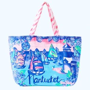 NWOT Lilly Pulitzer Destination Beach Tote